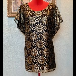 Diana Marco black & gold lace blouse in a size 18